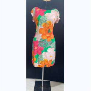 vestido estampa flores pontilhadas